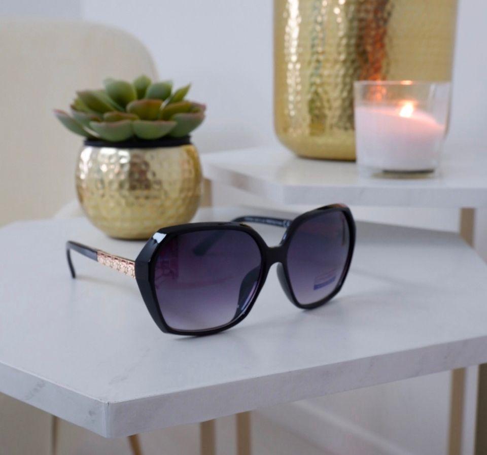 Ibiza – Black & Gold Sunglasses produ