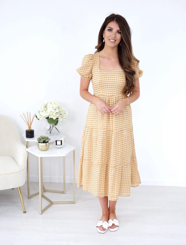 Kaia – Square Neckline Tiered Dress produ