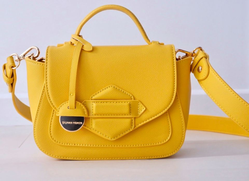 Yellow Cross Body Bag produ