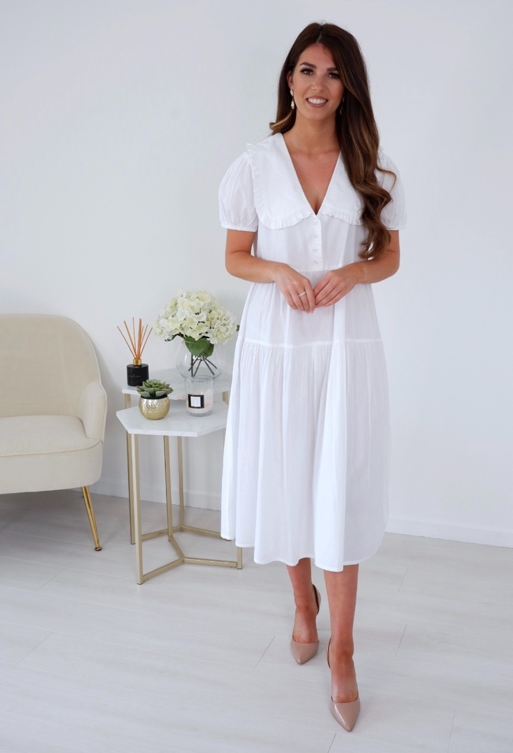 Belle – White Tiered Midi With Frill Trim Collar produ