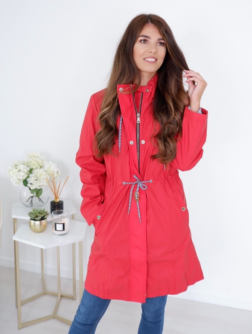 Hallie – Drawstring Rain Jacket In Red produ