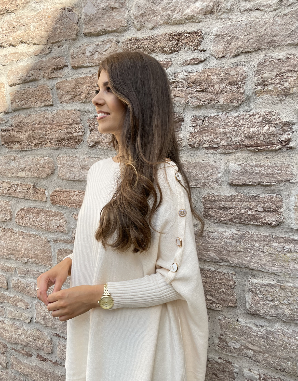 Carrie – Buttermilk Cape Knit with statement buttons produ