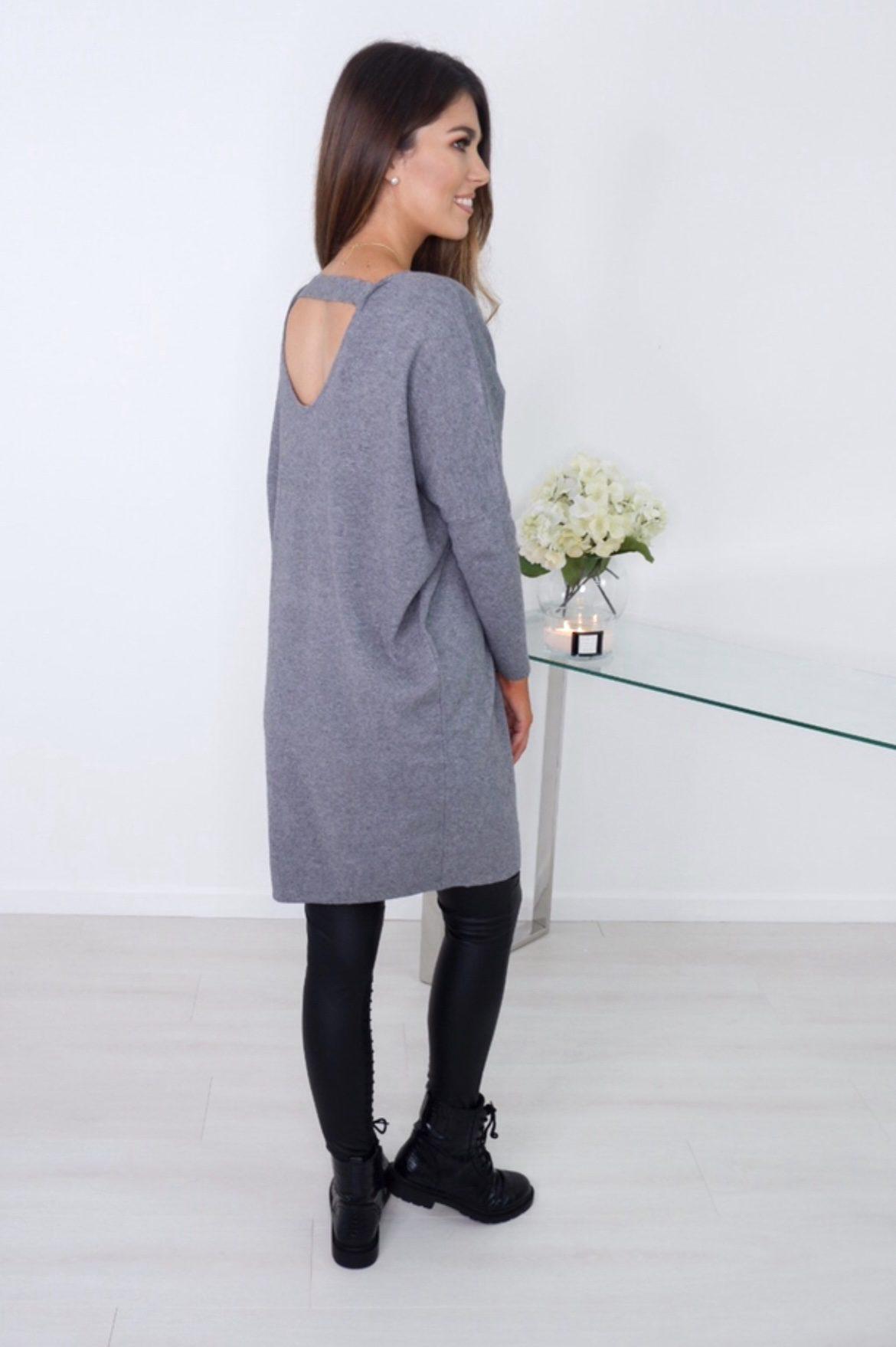 Carrie -V-Neck Grey Longline Knit produ
